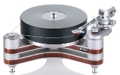 548. Clearaudio Innovation Wood Turntable/ Tonearm Package